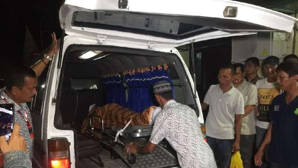 4 Jasad Terduga Teroris Riau Dimakamkan