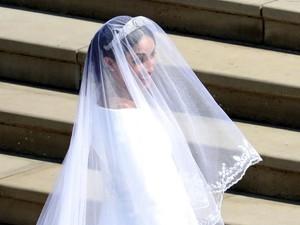 Meghan Markle Pakai Gaun Pengantin Rp 3,8 M Saat Upacara Pernikahan