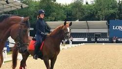 Kakak beradik milyader termuda di dunia, Alexandra dan Katharina Andresen memiliki kegemaran olahraga yang sama, yakni berkuda. Beginilah aksi mereka.