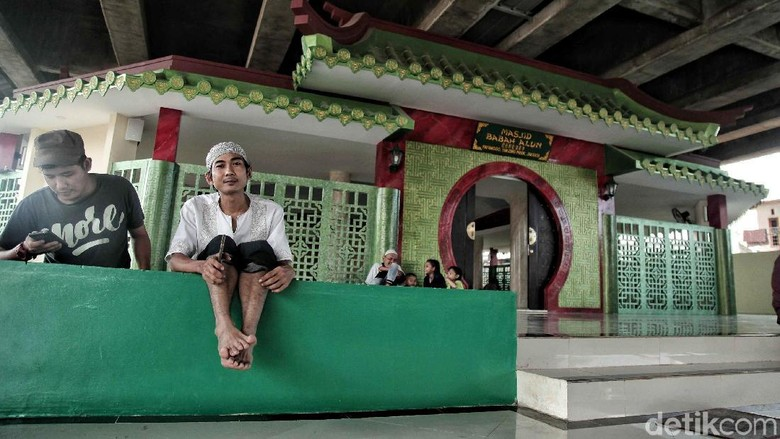 Romantisme Ramadan di Masjid Babah Alun