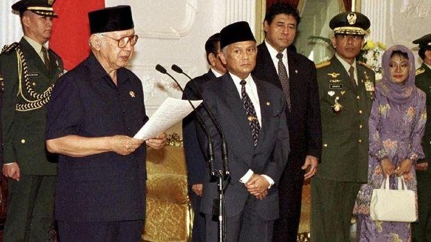 Agenda Reformasi Ditelikung Aktor Orde Baru di Era Jokowi