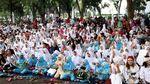 Ribuan Anak Yatim Buka Puasa Bersama di Monas