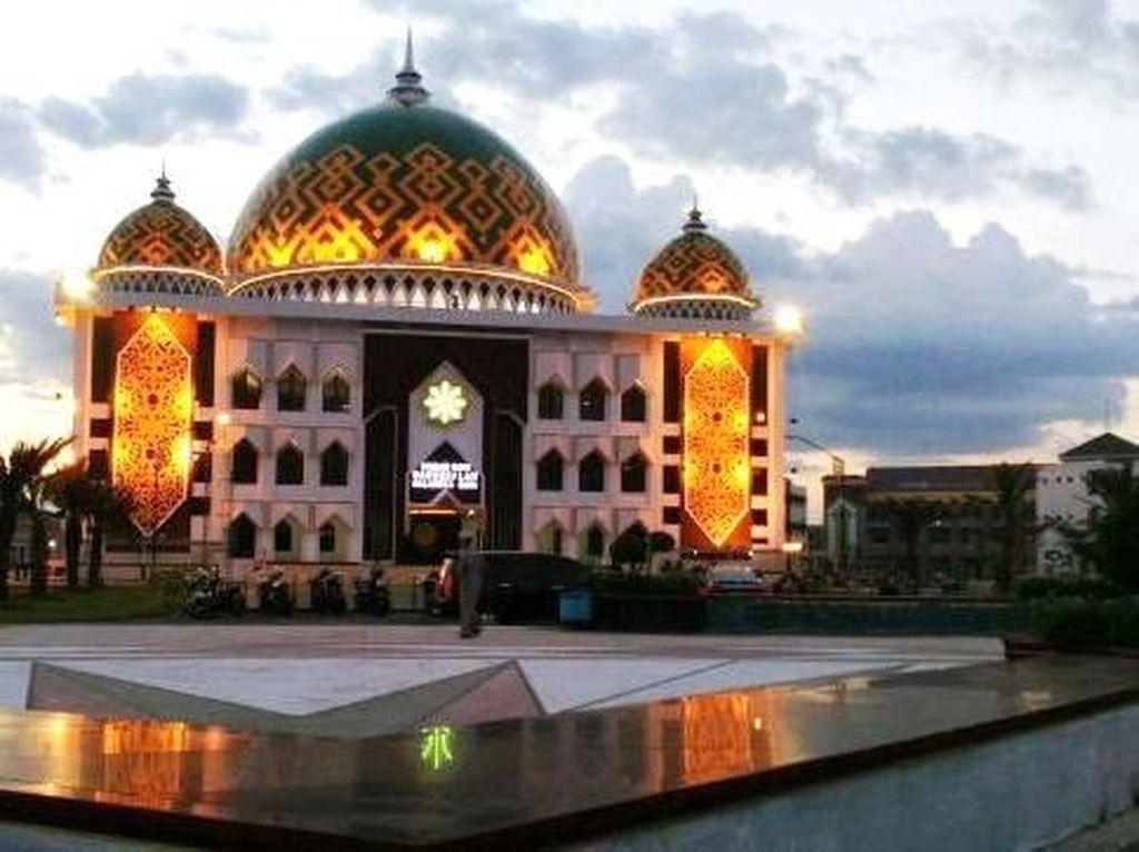 Berburu Berkahnya Bukber di Masjid Darussalam Palangka Raya