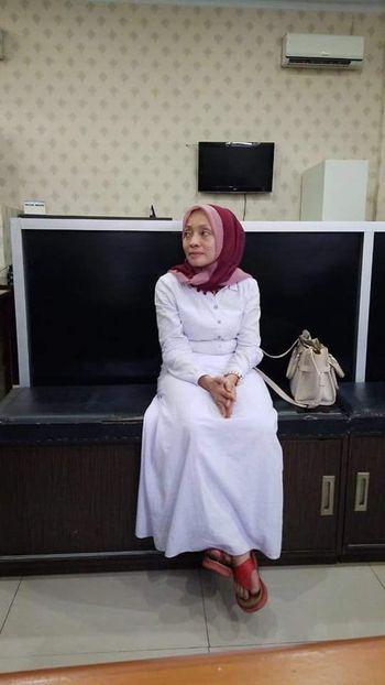 Momen Dosen USU 'Bom Surabaya Pengalihan Isu' Pingsan