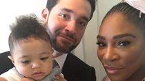 Menebak Ekspresi Putri Serena Williams Saat Foto Berdua Bundanya