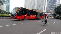 Petugas TransJ Dipukul Pengendara Mobil Masuk Busway