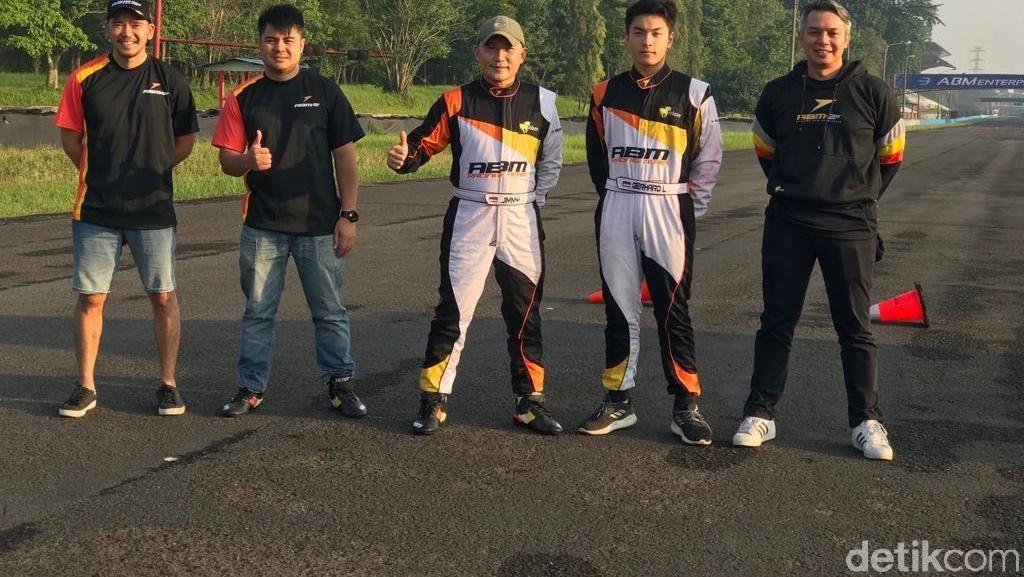 Pebalap ABM Motorsport Jadi Guru Lagi di Sentul