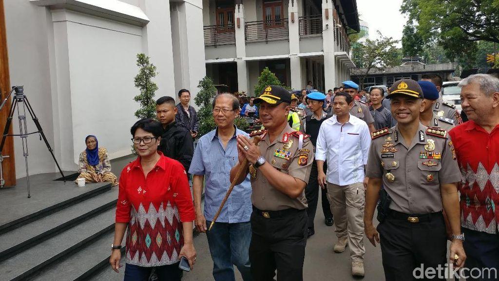 Jamin Keamanan Ibadah, Kapolda Sambangi Gereja Katedral Bandung