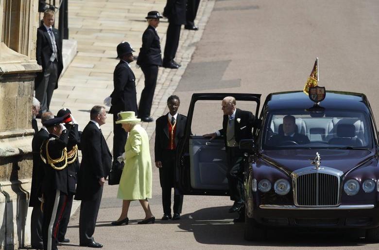 Mobil Bentley milik Ratu Elizabeth II. Foto: Drive