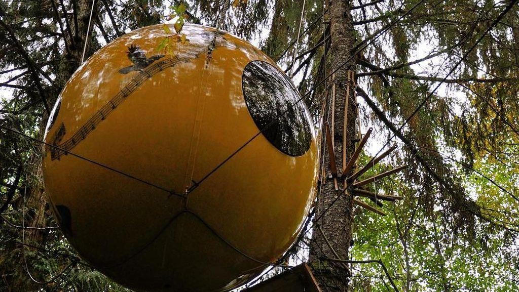 Foto: Menginap di Dalam Bola Mata Raksasa