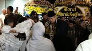 Jenazah Menantu Hatta Rajasa Tiba di Rumah Duka, SBY Melayat