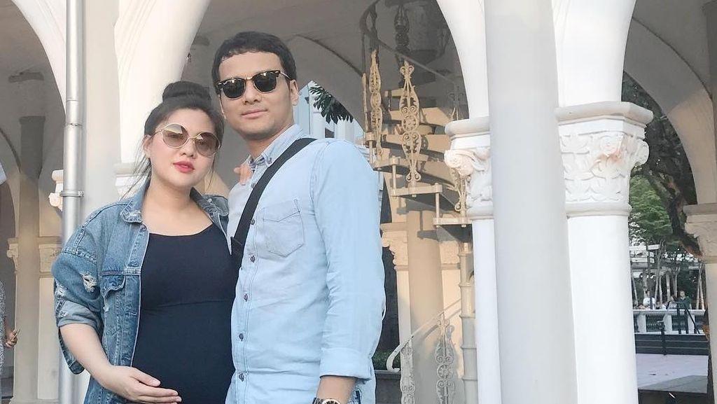 Hamil 7 Bulan, Vicky Shu Gelar Upacara Mitoni