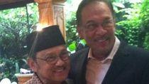 Jejak Kedekatan BJ Habibie dengan Anwar Ibrahim