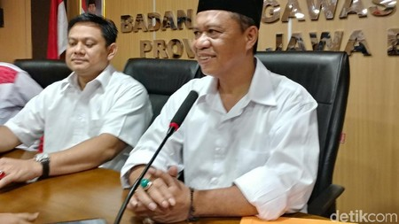 Sambangi Bawaslu, Anton Klarifikasi Soal Penyebutan Nama Jokowi