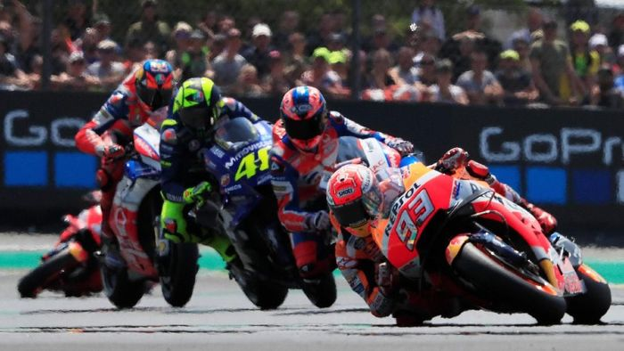 Marc Marquez juara MotoGP Prancis 2018. (Foto: Gonzalo Fuentes/REUTERS)