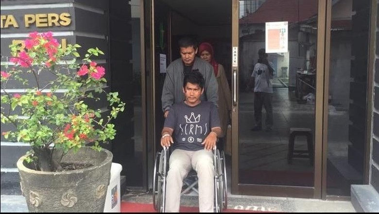 Ditabrak Teroris, Jurnalis tvOne Sudah Keluar dari RS Polda Riau