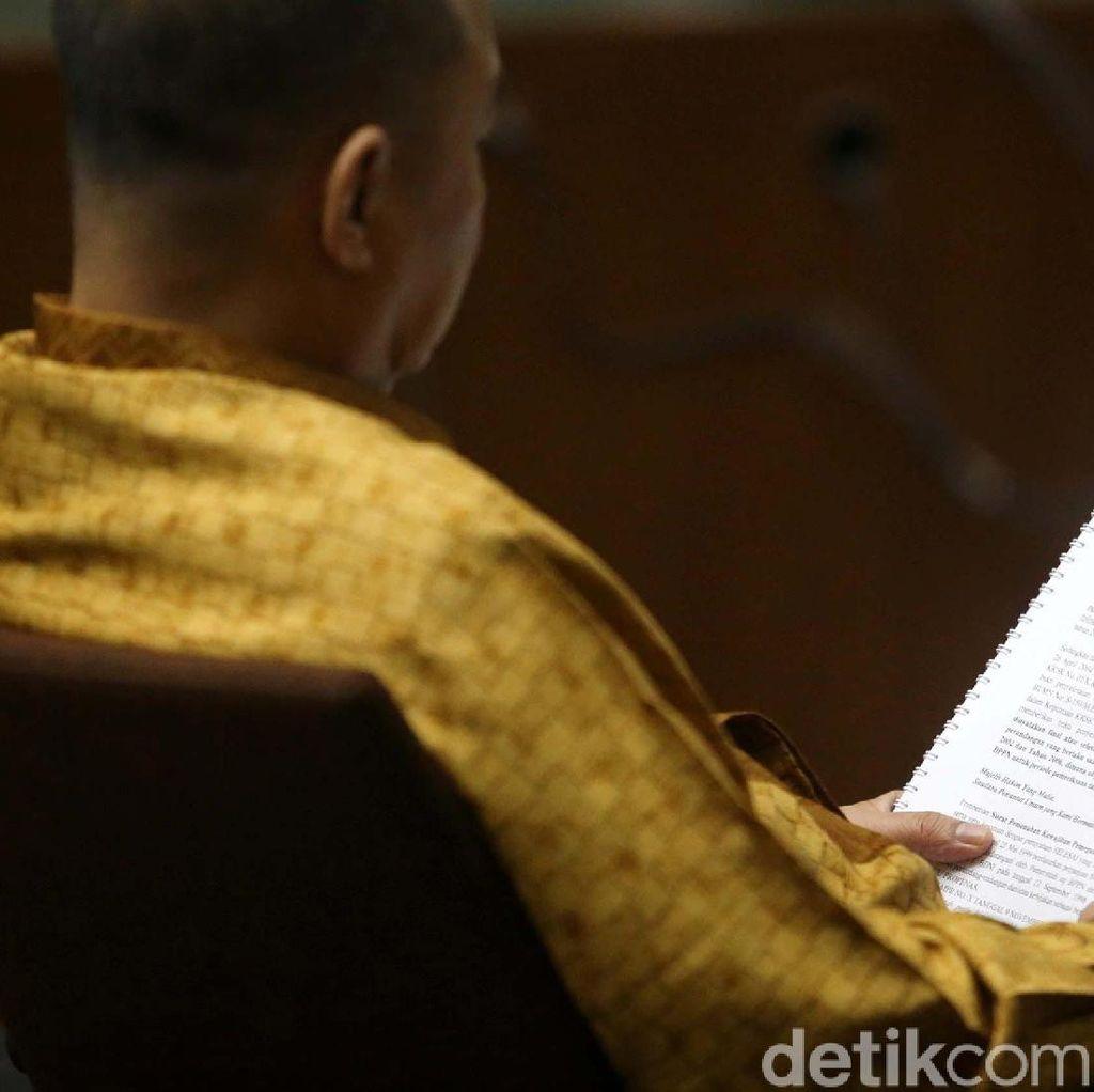 Bantahan Eks Kepala BPPN yang Berjam-jam di Pengadilan