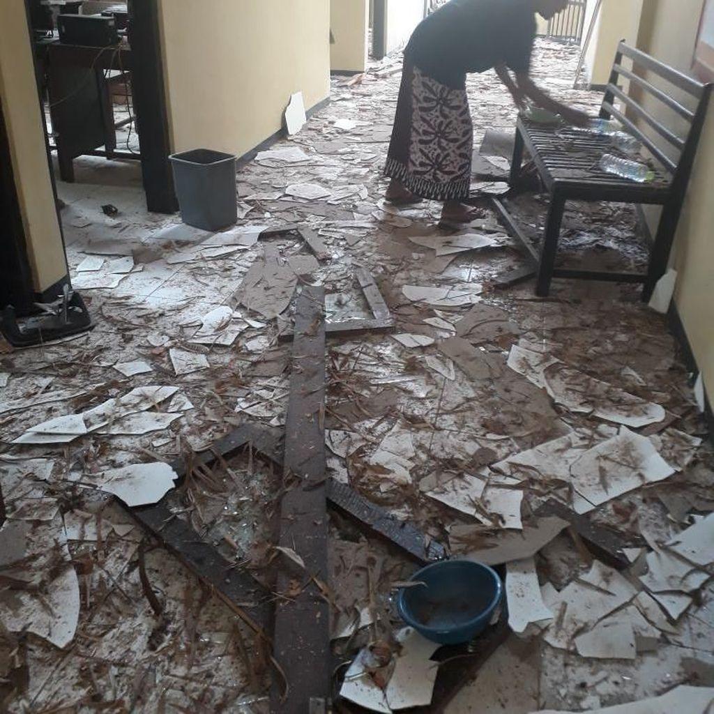 Ledakan Keras Porak-Porandakan Polsek Gili Genting Sumenep