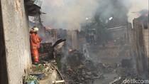 Kebakaran di Cipinang dan Pondok Bambu Hanguskan 42 Rumah