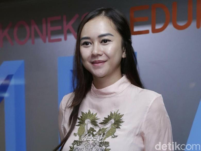 Perempuan dalam Video Porno Itu Bukan Aura Kasih, Ini Buktinya!