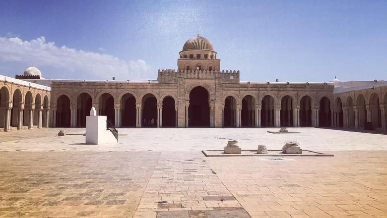 Masjid Agung Kairouan (santarobe/Instagram)