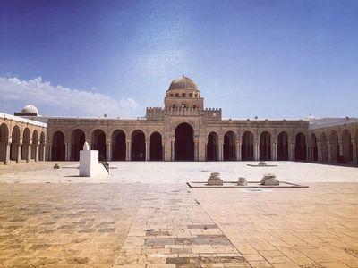 Masjid Cantik Tunisia yang Punya Mesin Waktu