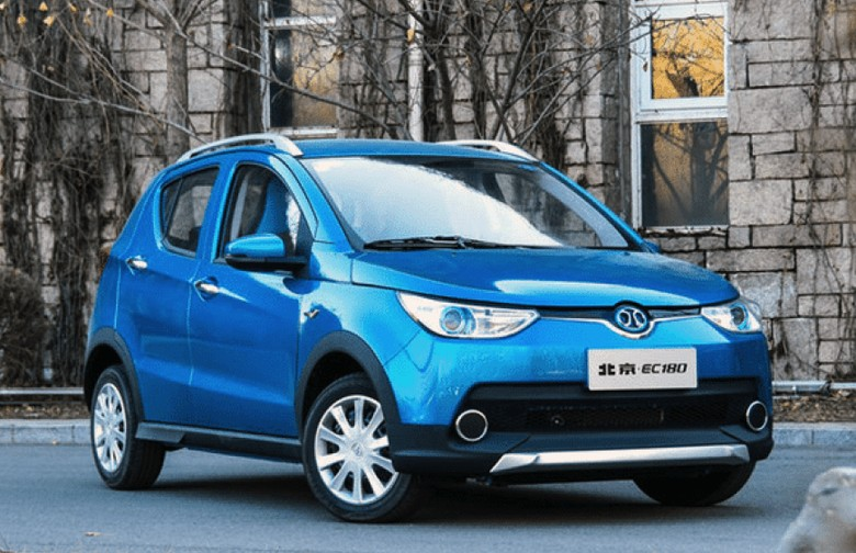 Mobil listrik China BAIC EC salip Nissan Leaf. Foto: Dok. Istimewa
