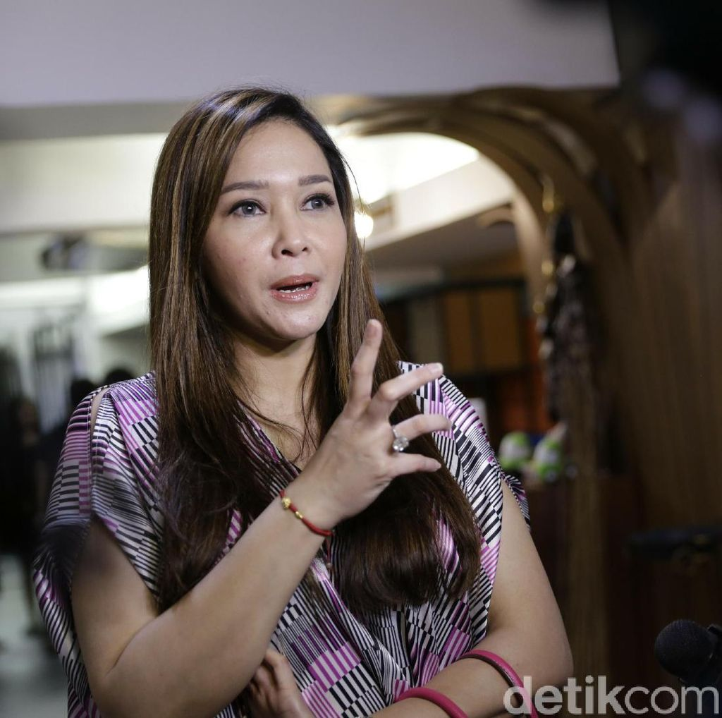 Dul Ingin Nikah Muda dan Taaruf, Maia Estianty Teringat Dhani