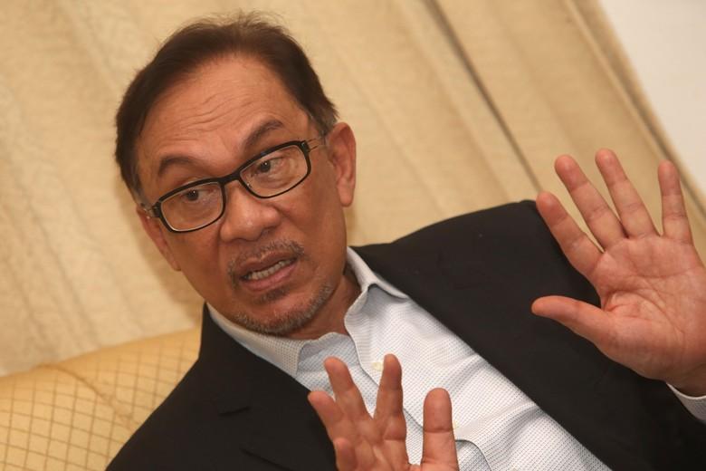 Saksikan Blak blakan Anwar Ibrahim Pukul 12.00 WIB!
