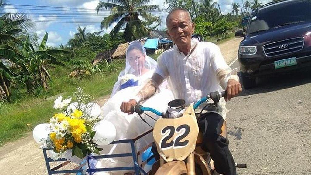 Foto Viral Pengantin Wanita Dibonceng Ayah Naik Motor Ini Menyentuh Netizen