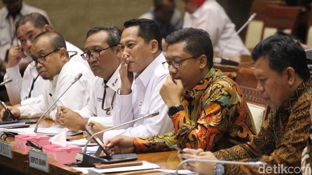 Komisi VI-Bulog Bahas Impor Beras