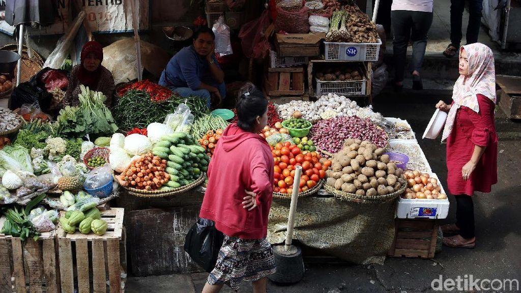 Melihat Aktivitas Pasar Kebayoran Lama Saat Ramadan