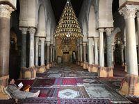 Bagian dalam dari masjid (carlos_perez_benito/Instagram)