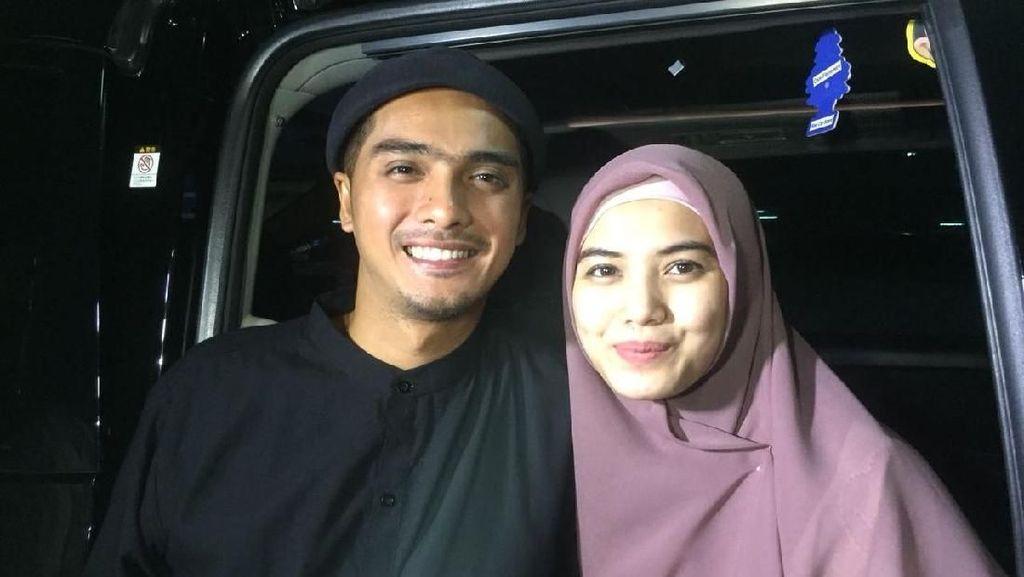 Digoda Teman karena Hijrah, Ricky Harun dan Istri Tak Tersinggung
