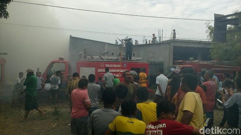 Gara-gara Bakar Sampah, Empat Rumah di Mojokerto Terbakar