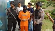Kasus Pembunuhan Perempuan dengan Kaki Nongol Bermula dari Cinlok