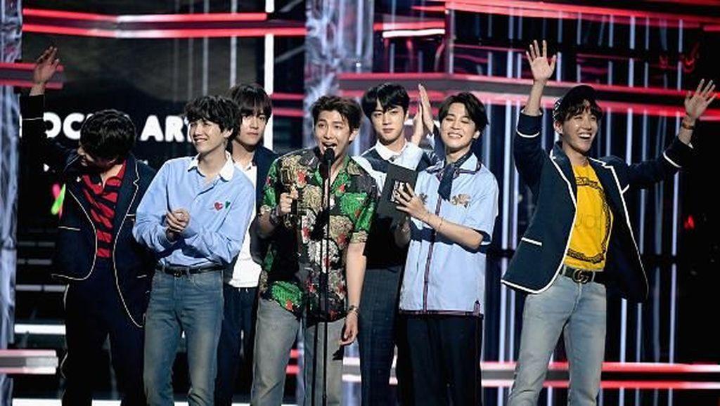 BTS Cetak Rekor Lewat MV Fake Love