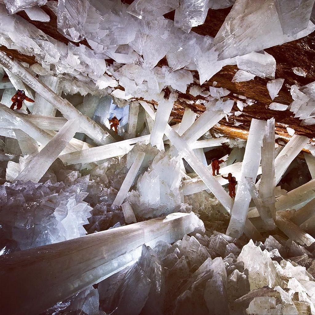 Foto: Gua Kristal Raksasa di Perut Bumi Meksiko