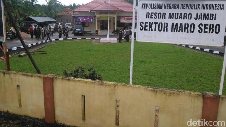 Polisi Periksa Kejiwaan Pembacok 2 Polisi di Polsek Maro Sebo Jambi