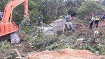 Truk Tabrak Bus Sekolah di Riau, 2 Orang Tewas