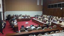 DPR Bahas Dana Kampanye dengan Bawaslu dan KPU