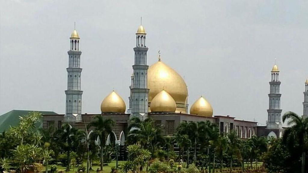 Spot Ngabuburit Hits di Depok: Masjid Kubah Mas