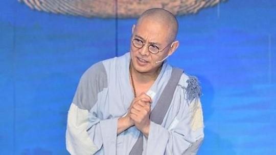 Ussy Bercadar hingga Ayana Selebgram Korea yang Mualaf