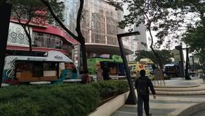 Ngabuburit di Jakarta yang Terasa Seperti Singapura