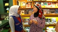 Host Jaziran Islam Dinda Tahier dan Mieko Kobayashi.