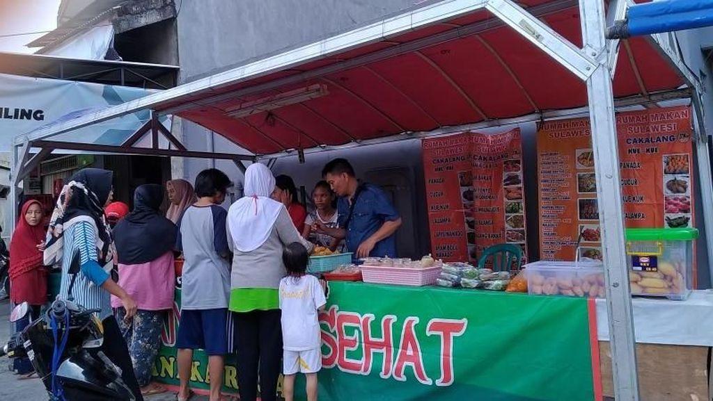 Ngabuburit di Depok, Berburu Makanan di Jl Ridwan Rais