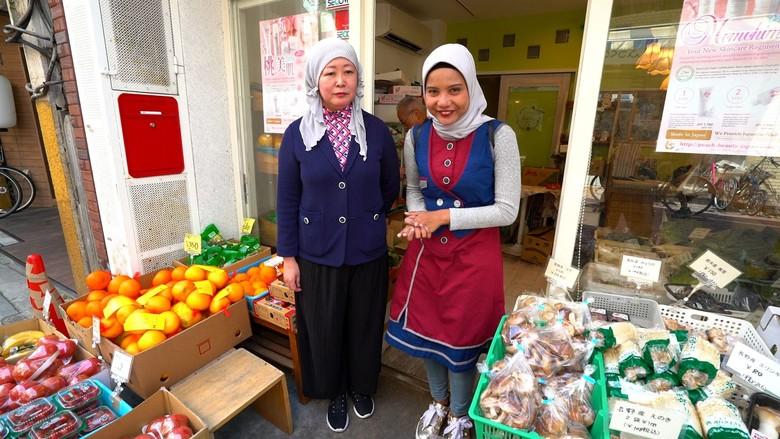 Kiprah Mualaf Jepang Buat Produk Kecantikan Halal