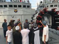 Anak-anak yang ada di atas kapal