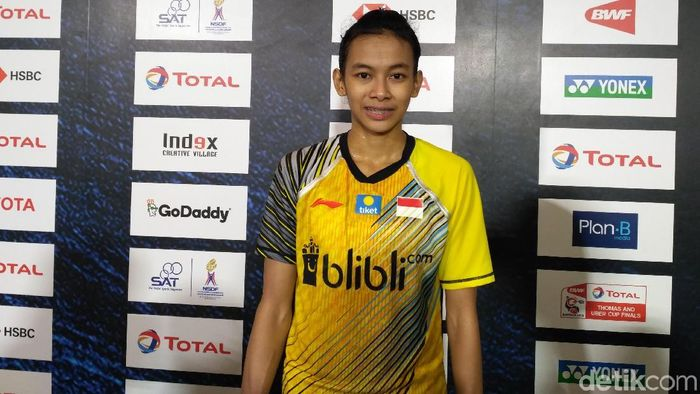 Dinar Dyah Ayustine usai memenangi partai debutnya di Piala Uber (Foto: Okdwitya Karina Sari)