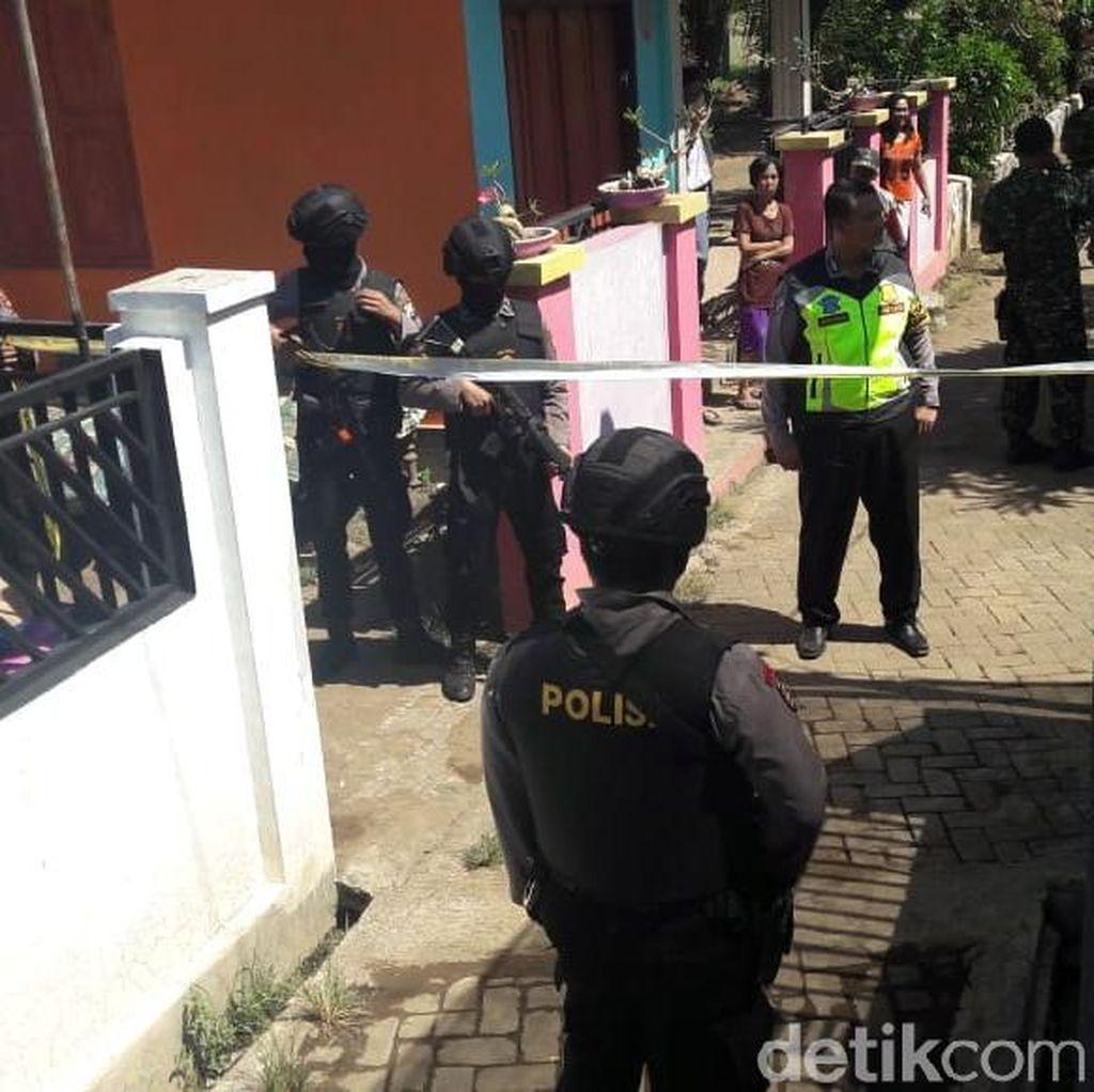 Densus 88 Amankan Seorang Terduga Teroris di Probolinggo